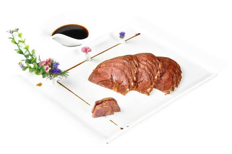 风味酱牛肉 +48 +46元 功效:补血,健脾,养胃  特点:咸鲜,酱香.jpg